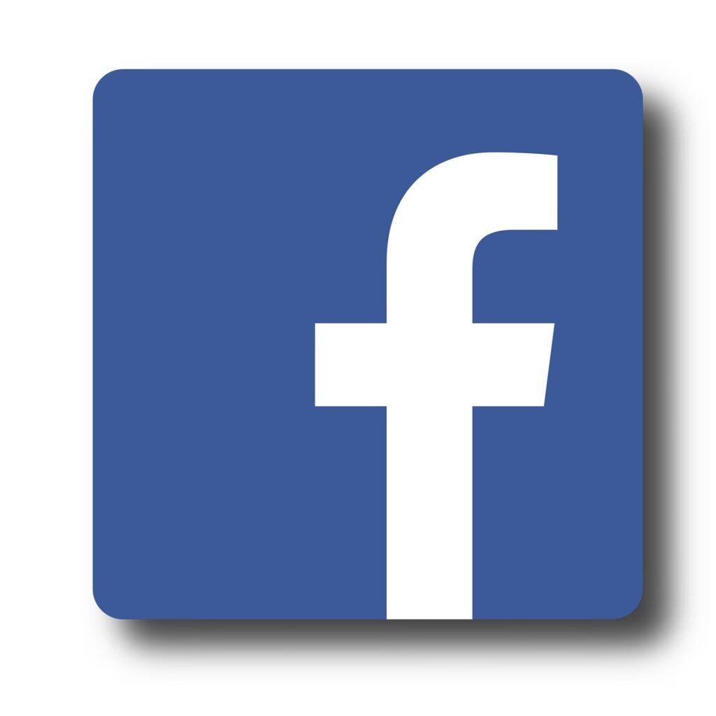 comunicare le collaborazioni su facebook